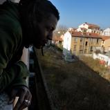 Emmanuel. Animateur. Un immeuble canut sur le plateau, Croix-Rousse. C'était la vie en pentes, quelque chose de bien cool.
