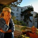 Chantal. Hors nomenclature. Sur son balcon, quartier Sans Souci. Sage comme une image, rôle de composition mais ingrédients nature.