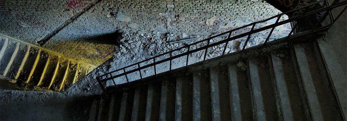 <em>Les salles d'attente</em> : suites de films <br/> photographiques en écho à <em>Je suis contre la mort</em>, 2015-2016