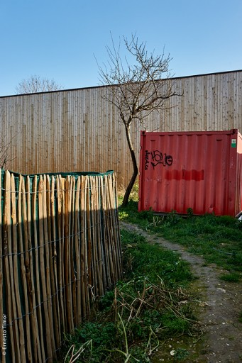 Photo © Ernesto Timor - Montreuil container