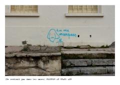 Photo © Ernesto Timor - Ne rentrait pas dans les cases